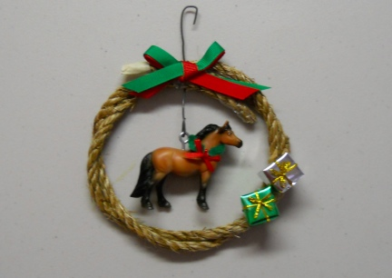 Breyer Horse Wreath ~ Sally