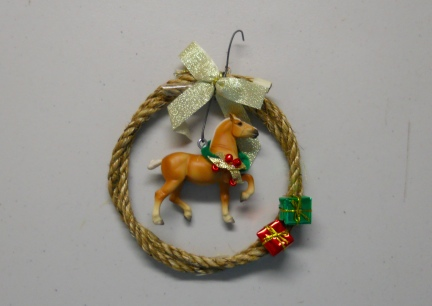 Breyer Horse Wreath ~ Emily